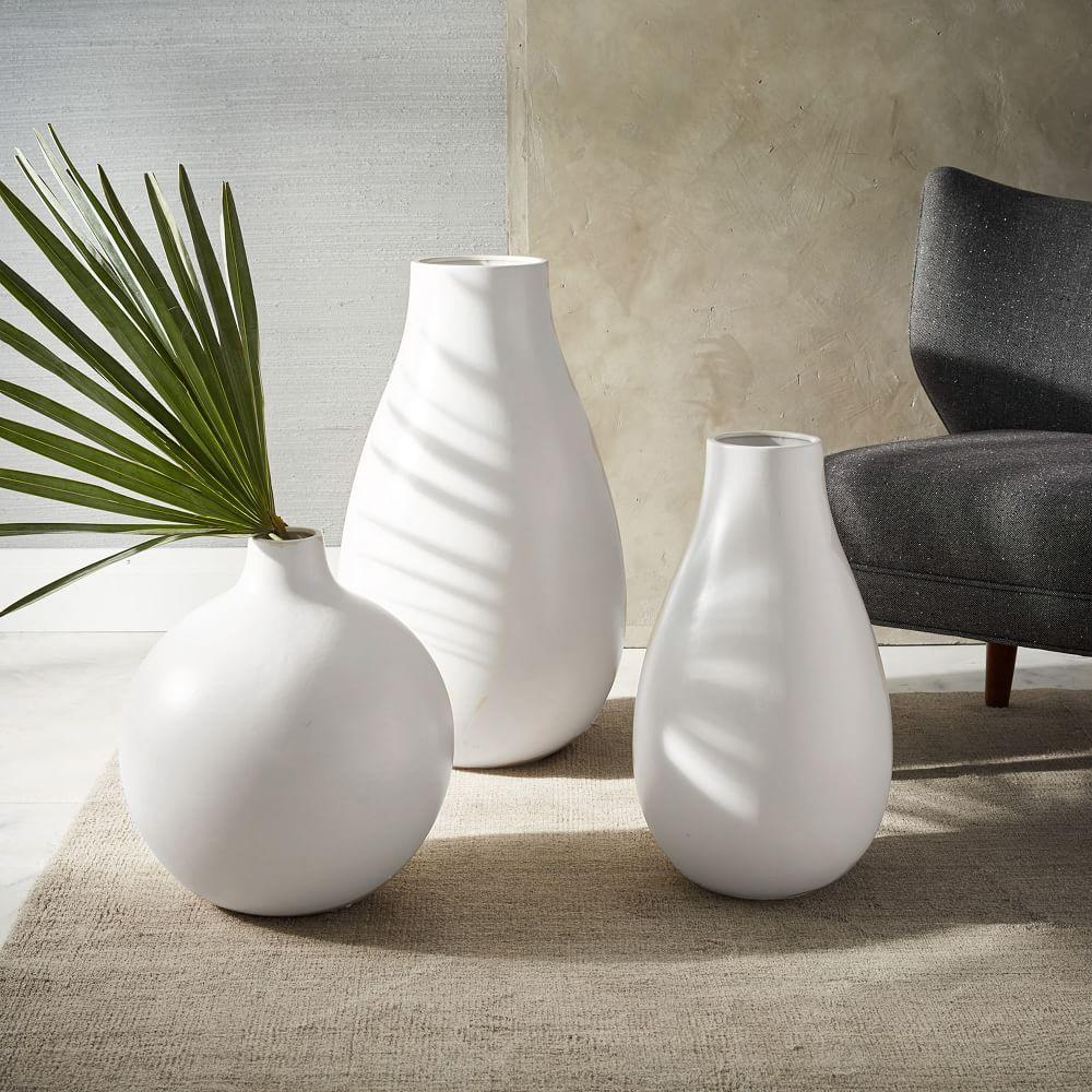 Oversized pure white ceramic vases west elm au oversized pure white ceramic vases reviewsmspy