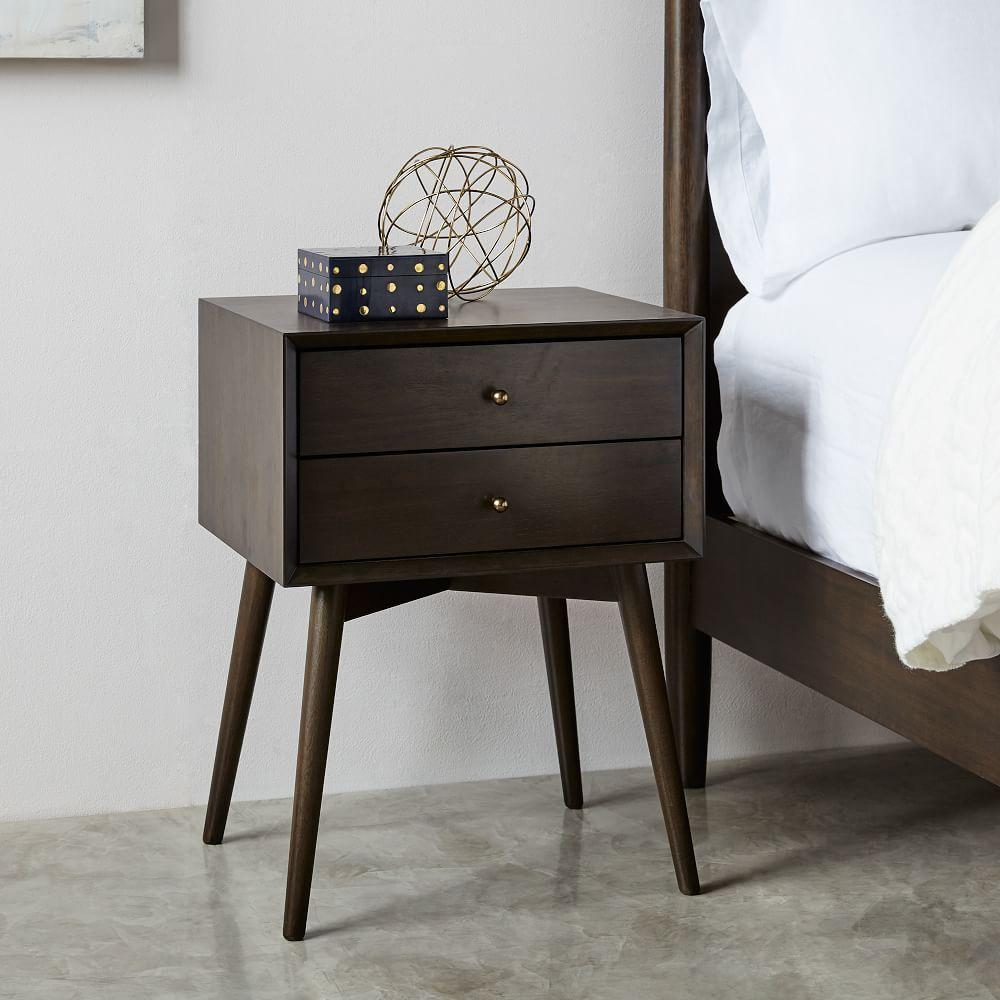 4f4ac14fbe54 Mid-Century Bedside Table