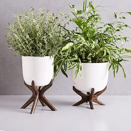 Wright Standing Planters