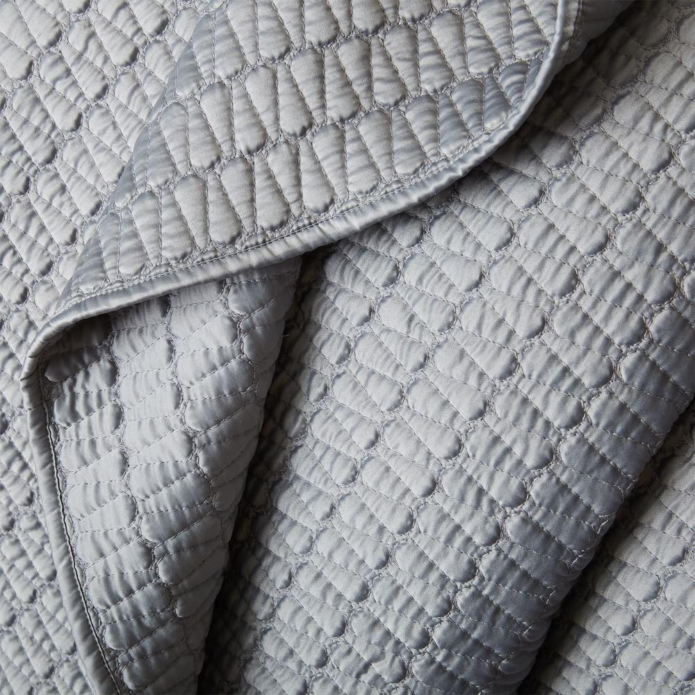 Gramercy Coverlet + Pillowcases - Platinum