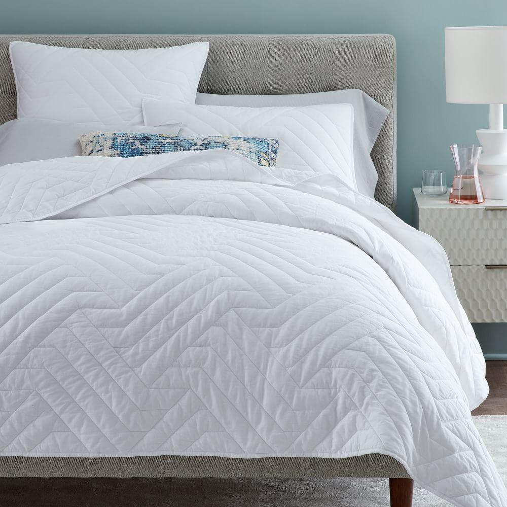 Organic Deco Coverlet + Pillowcases - White