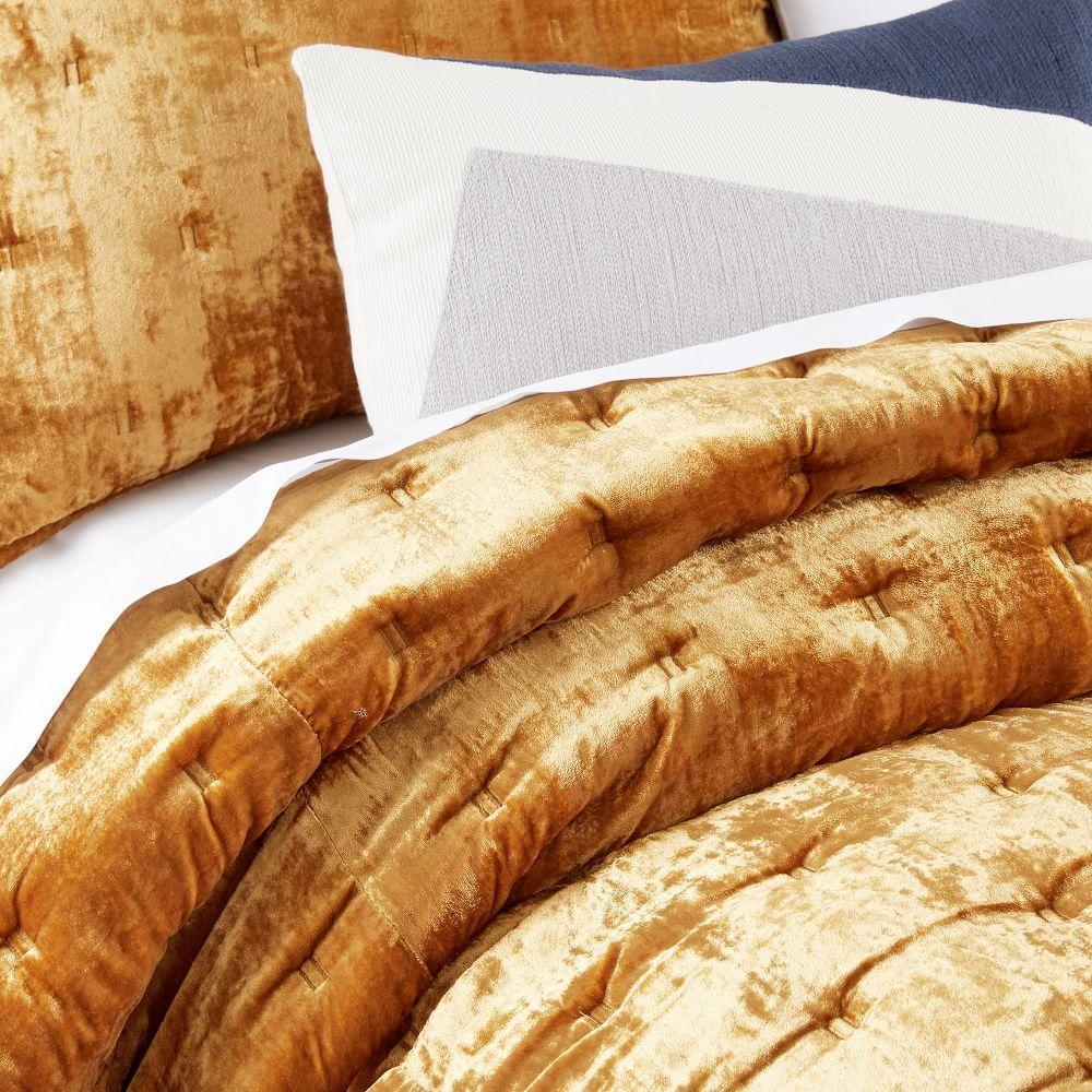 Lush Velvet Tack Stitch Coverlet + Pillowcases - Golden Oaks