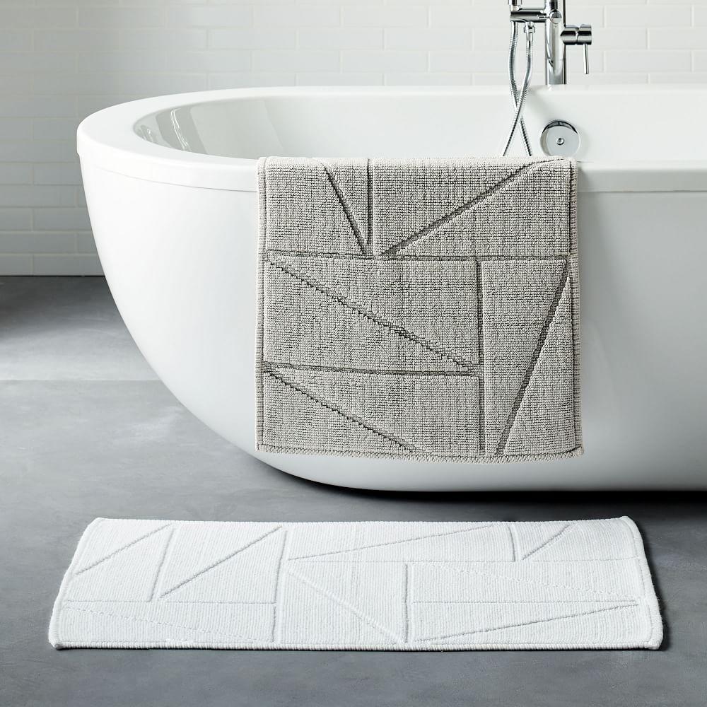 Organic Triangle Sculpted Bath Mat - White