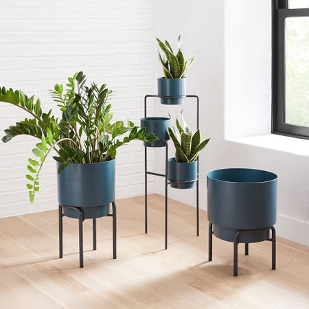Two-Tone Metal Planter and Stand
